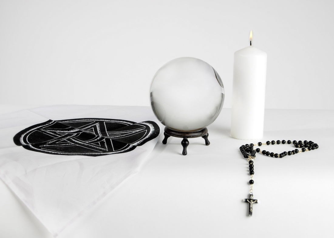 White Magic Info- rituals & spells, oracles, meditation